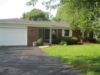 View 5541 W Walnut Dr Greenwood IN