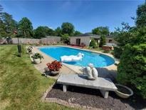 View 809 Eaglewood Dr Zionsville IN