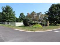View 9163 Mallard Pt Zionsville IN