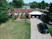 View 797 Colonial Way Greenwood IN