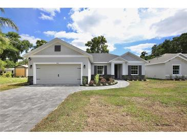 Photo one of 1414 E Lakeview Ave Eustis FL 32726 | MLS G5041483