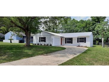 Photo one of 1230 4Th St Clermont FL 34711 | MLS G5041615