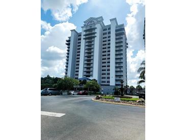 Photo one of 13415 Blue Heron Beach Dr # 706 Orlando FL 32821 | MLS G5044521