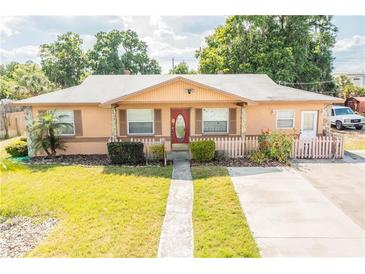 Photo one of 402 Nw 9Th Ave Mulberry FL 33860 | MLS L4921973
