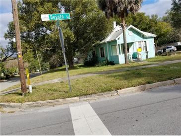 Photo one of 984 W Desoto St Clermont FL 34711 | MLS O5766952
