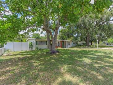 Photo one of 2318 Mulbry Dr Winter Park FL 32789   MLS O5935228