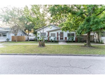 Photo one of 211 S Maple Ave Sanford FL 32771 | MLS O5941120