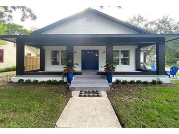 Photo one of 202 S Lakeview Ave Winter Garden FL 34787 | MLS O5959898