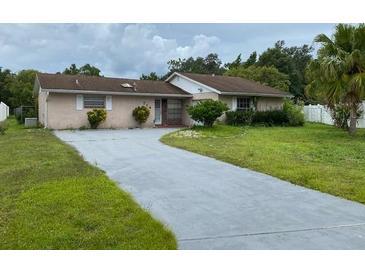 Photo one of 714 Duffer Ln Kissimmee FL 34759 | MLS O5972576