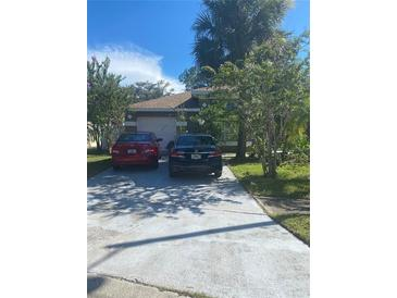 Photo one of 2712 Emerson Ln Kissimmee FL 34743 | MLS S5053716