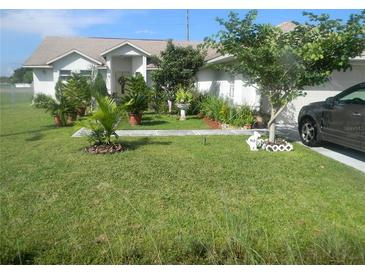 Photo one of 807 Albi Ct Kissimmee FL 34759 | MLS S5056418