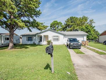 Photo one of 780 Royal Palm Dr Kissimmee FL 34743 | MLS S5056437