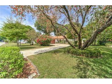 Photo one of 1726 High Point Dr Lakeland FL 33813 | MLS T3298349