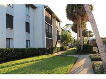 Photo one of 1628 S Pine Ridge Cir Cir # H2 Sanford FL 32773   MLS V4921560
