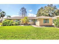 View 32651 Lakeshore Dr Tavares FL