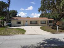 View 125 E Pendleton Ave Eustis FL
