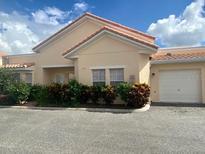 View 979 David Walker Dr # E6 Tavares FL