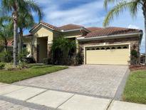 View 2751 Swoop Cir Kissimmee FL