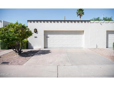 Photo one of 322 W Laguna Dr Tempe AZ 85282 | MLS 6217326