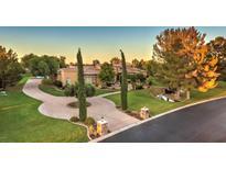View 28 E Oakwood Hills Dr Chandler AZ