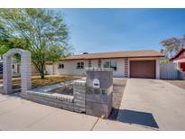 View 2416 W Laurel Ln Phoenix AZ