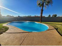 View 8802 W Devonshire Ave Phoenix AZ