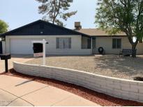View 3327 W Shangri-La Rd Phoenix AZ