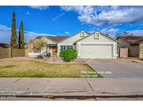 View 913 N Falcon Dr Gilbert AZ