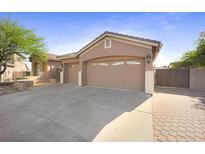 View 4439 W Buckskin Trl Phoenix AZ