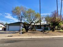 View 2250 W Concho Cir Mesa AZ
