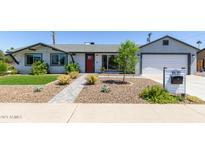 View 1828 W Lawrence Ln Phoenix AZ