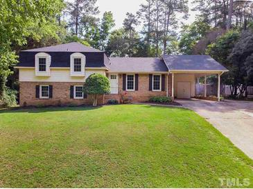 Photo one of 4208 Pickwick Dr Raleigh NC 27613   MLS 2388850