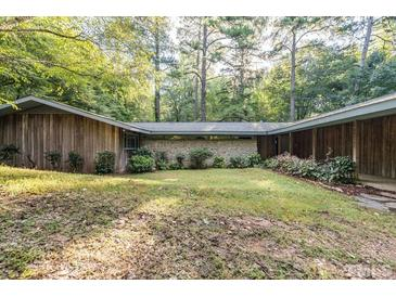 Photo one of 5704 Winthrop Dr Raleigh NC 27612   MLS 2407168