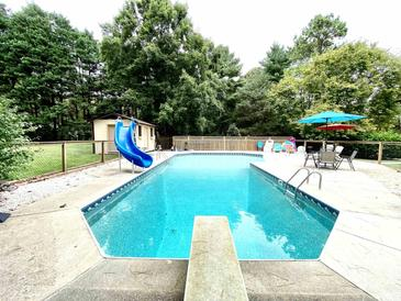 Photo one of 1504 Chatsworth Ln Raleigh NC 27614 | MLS 2411716