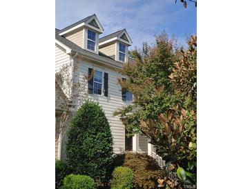 Photo one of 2741 Oberlin Rd # 103 Raleigh NC 27608 | MLS 2412845