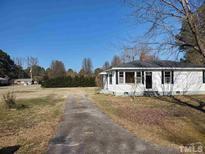 View 208 Pace St Smithfield NC