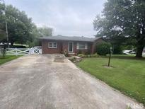 View 1865 S Clearview Dr Henderson NC