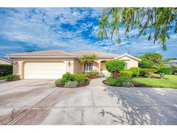 Photo one of 624 Harbor S Dr Venice FL 34285 | MLS A4512136