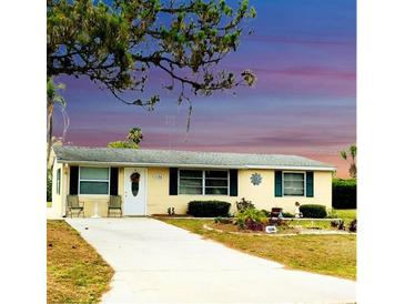 Photo one of 1136 Brown St Englewood FL 34224 | MLS D6119163