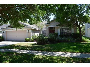 Photo one of 6204 Whimbrelwood Dr Lithia FL 33547 | MLS T3166629