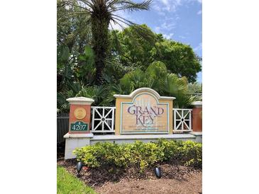 Photo one of 4207 S Dale Mabry Hwy # 11106 Tampa FL 33611 | MLS T3303435