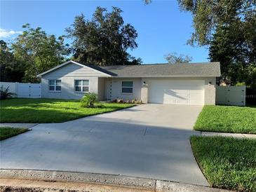 Photo one of 3719 Thornwood Dr Tampa FL 33618 | MLS T3304306