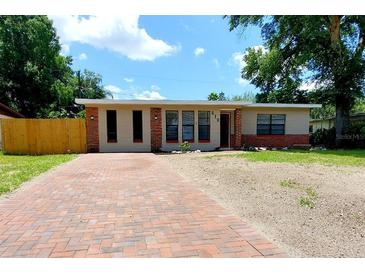 Photo one of 212 W Bougainvillea Ave Tampa FL 33612 | MLS T3304546
