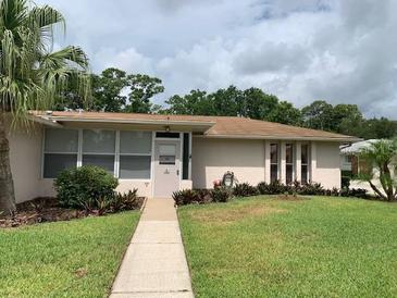 Photo one of 1001 Queen Anne Dr # A Palm Harbor FL 34684   MLS T3310773