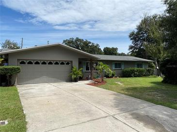 Photo one of 2299 Manor Ct Clearwater FL 33763 | MLS T3329623