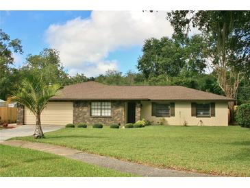 Photo one of 804 Chess Pl Seffner FL 33584 | MLS T3335224
