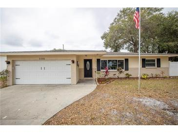 Photo one of 1114 Oakwood Dr Dunedin FL 34698 | MLS U8109874