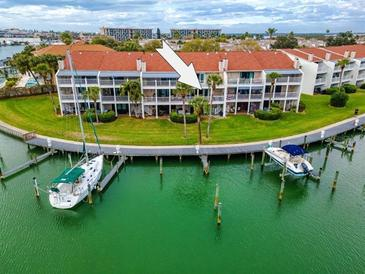 Photo one of 12364 Capri Cir N Treasure Island FL 33706 | MLS U8114002