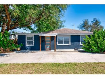 Photo one of 1101 Essex Dr N St Petersburg FL 33710 | MLS U8118642