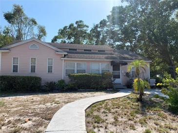 Photo one of 427 Kingston St S St Petersburg FL 33711 | MLS U8121780